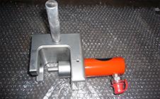 油圧式ベアリング抜き治具